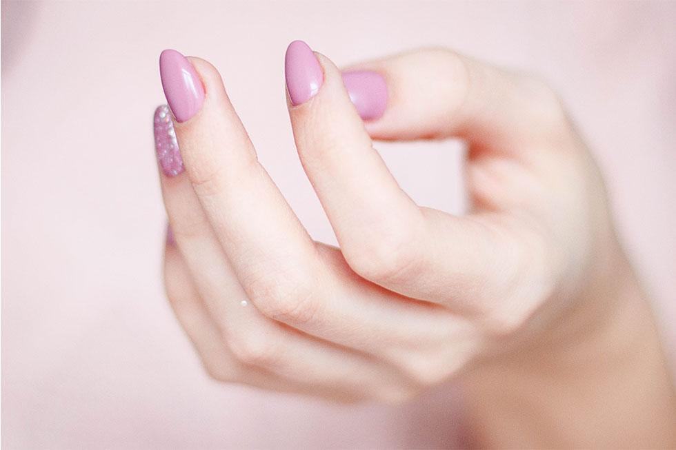 gel lak i nadogradnja noktiju